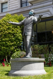 "The statue of singer Tony Bennett is seen with a protective mask in San Francisco, CA, on April 25, 2020 . The famed singer Tony Bennett lead a virtual singalong of his hit ""I Left My Heart In San Francisco"" that as a tribute to frontline workers and San Francisco Bay Area residents who continue to shelter in place due to COVID-19."